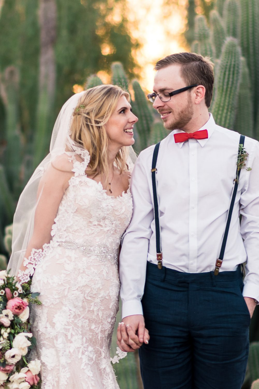 Desert cactus garden wedding phtoto