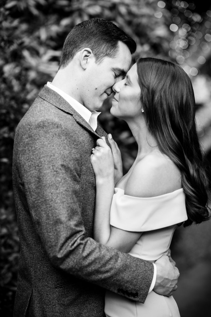 Romantic black & white engagement